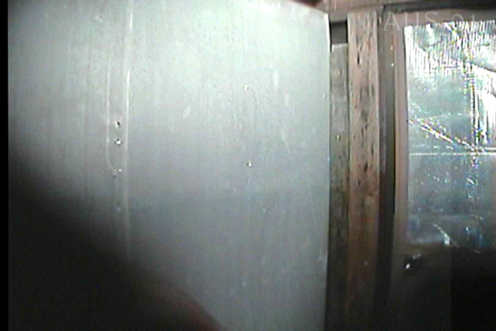 無修正エロ動画:海の家の更衣室 Vol.05:怪盗ジョーカー