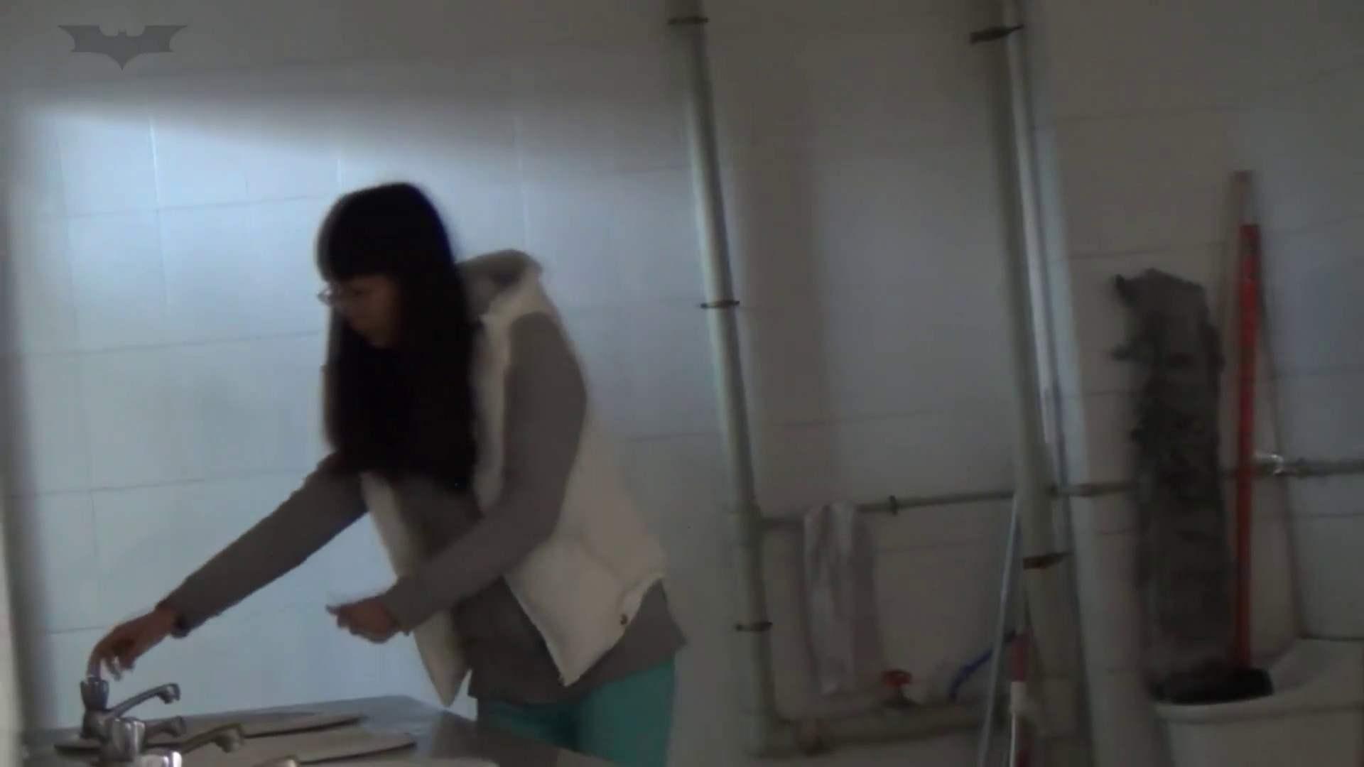 無修正エロ動画:JD盗撮 美女の洗面所の秘密 Vol.22:怪盗ジョーカー