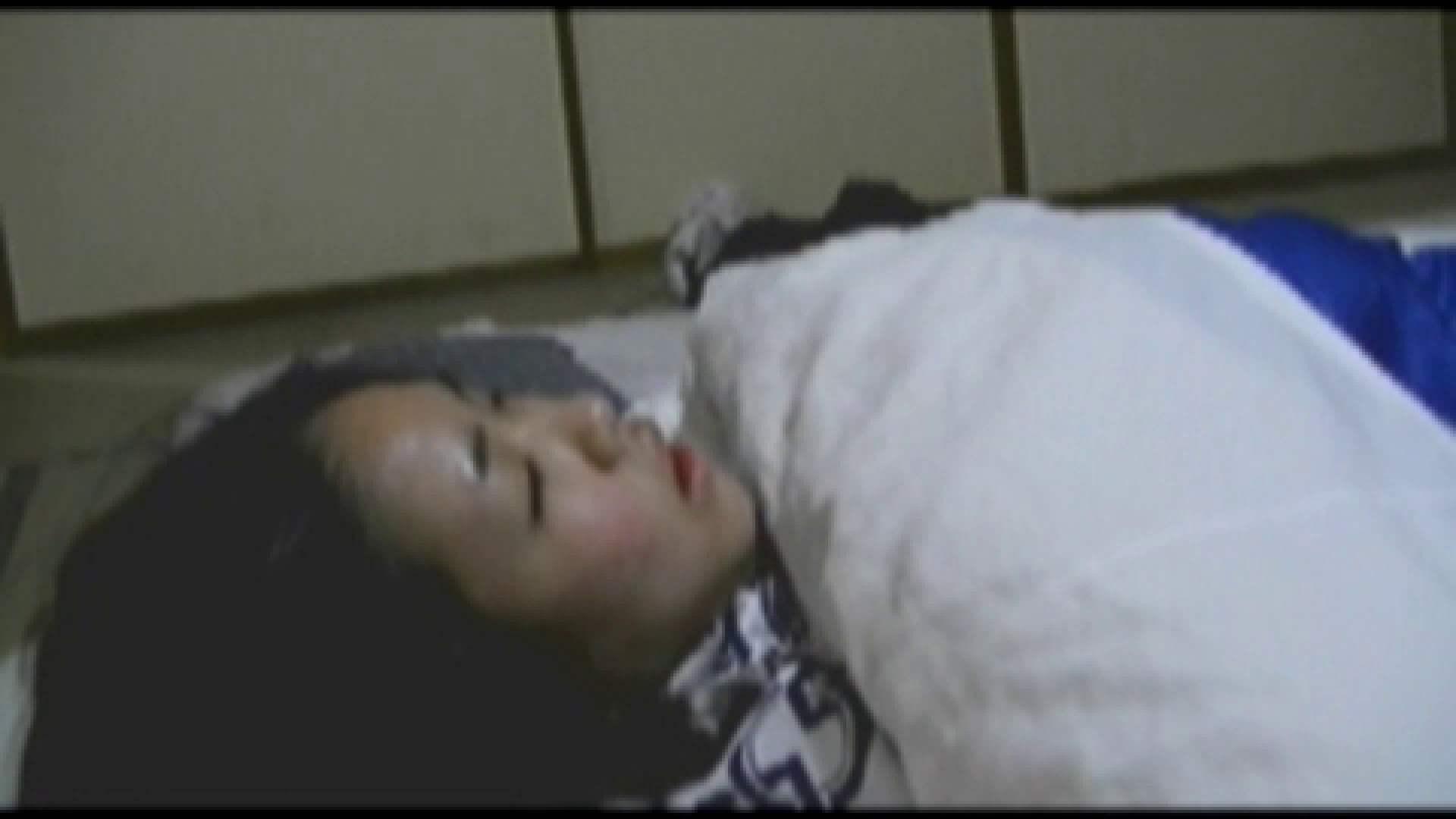 無修正エロ動画:闇の花道 Vol.17 影対女子部員2人と付き添い母:怪盗ジョーカー