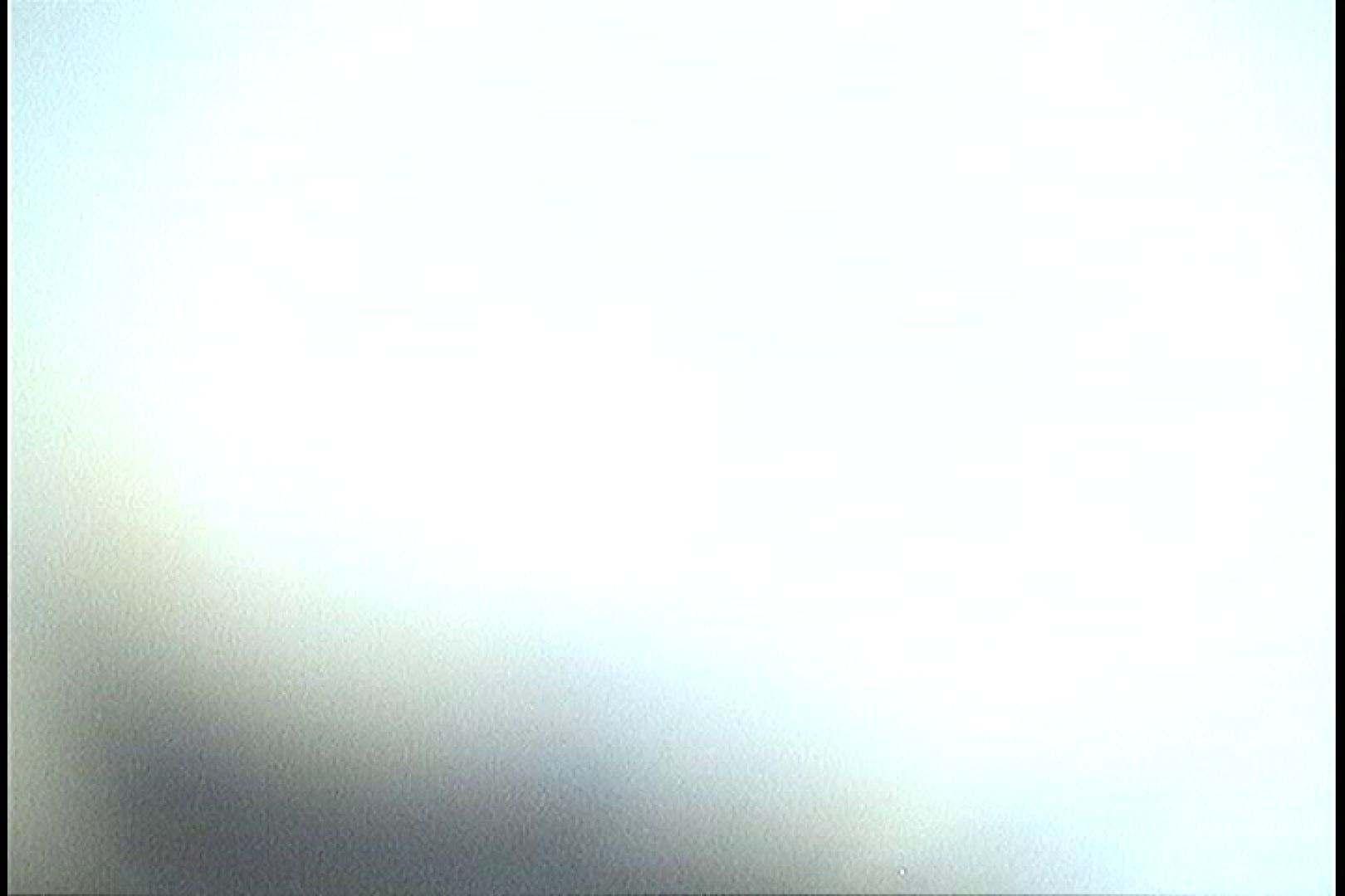 無修正エロ動画:No.52 シャワーを浴びてポッチリ乳首が立ってます!!:怪盗ジョーカー