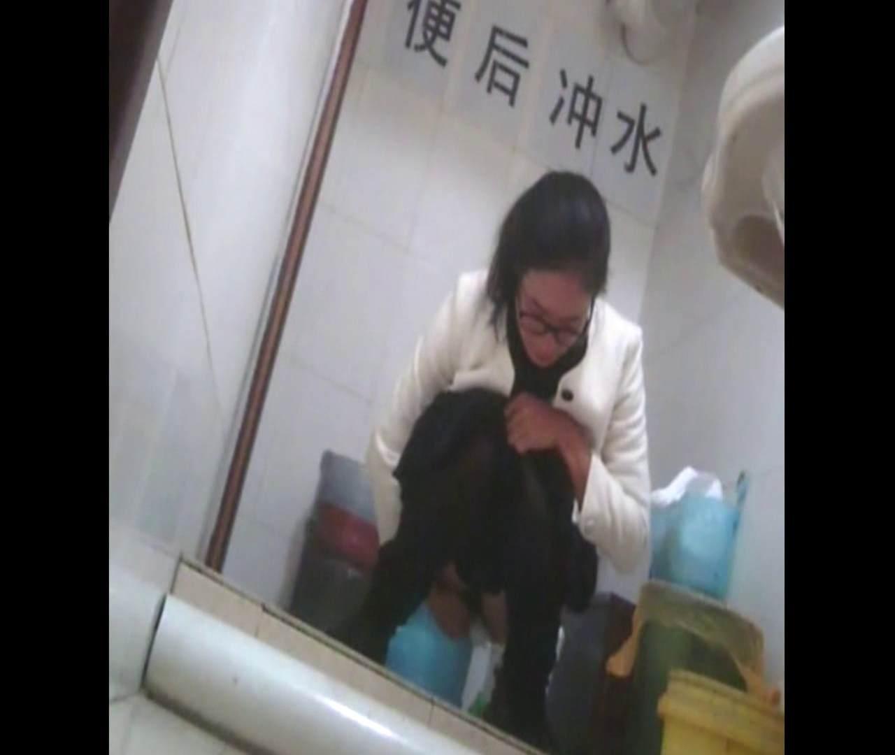 無修正エロ動画:Vol.48 紫の下着がせくすぃ~。:怪盗ジョーカー