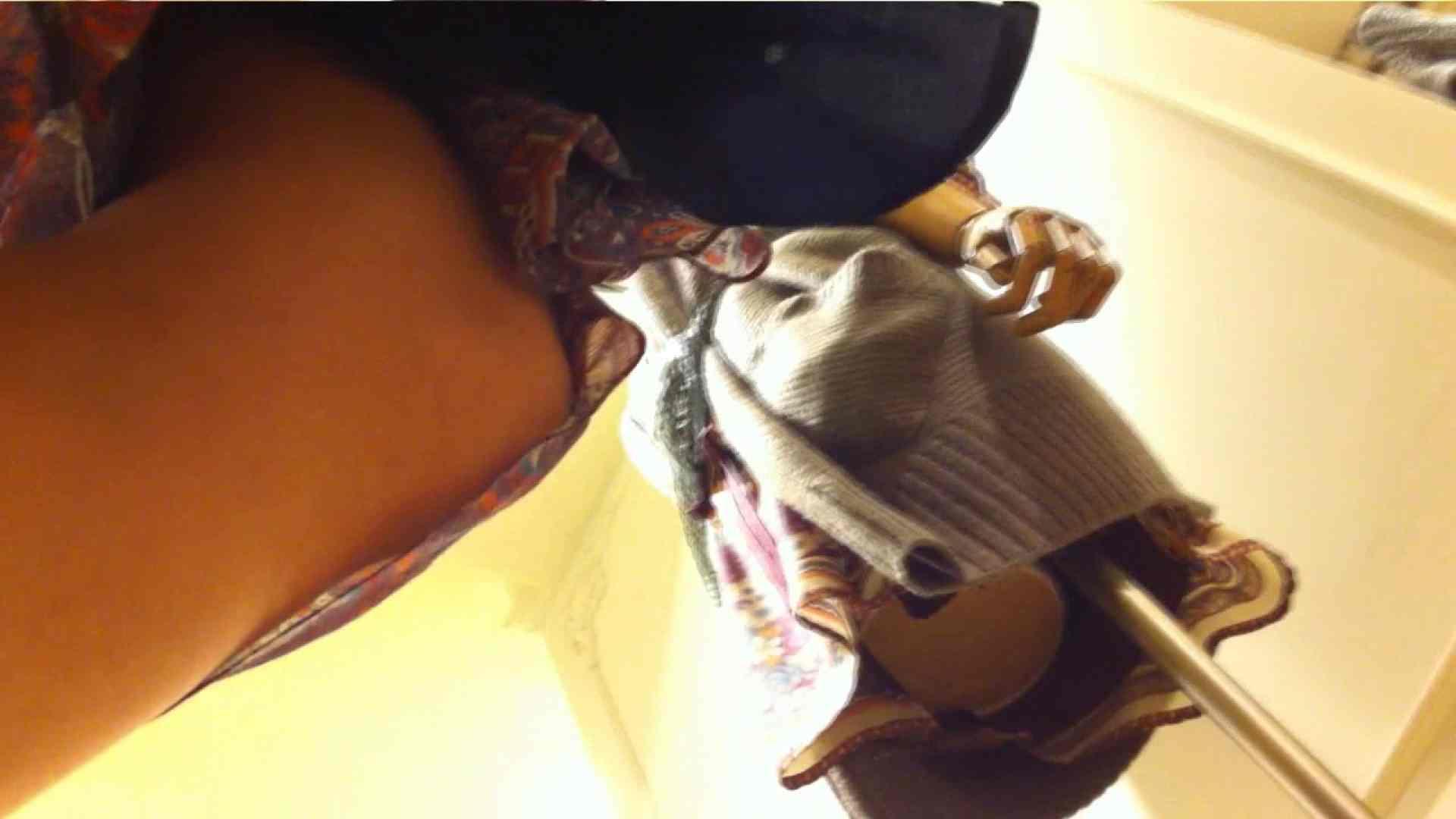 vol.39 美人アパレル胸チラ&パンチラ おねーさんのスカートにモグリたい! 接写 | 胸チラ  11枚 9