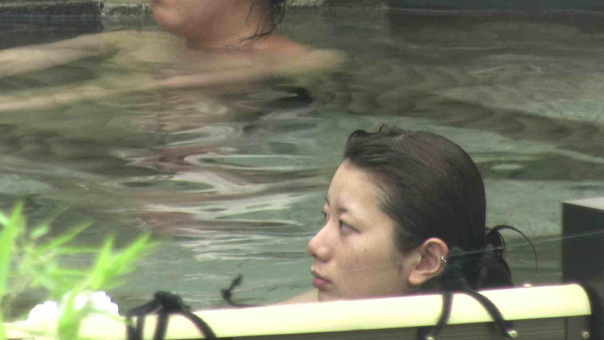 無修正エロ動画:Aquaな露天風呂Vol.19【VIP】:のぞき本舗 中村屋