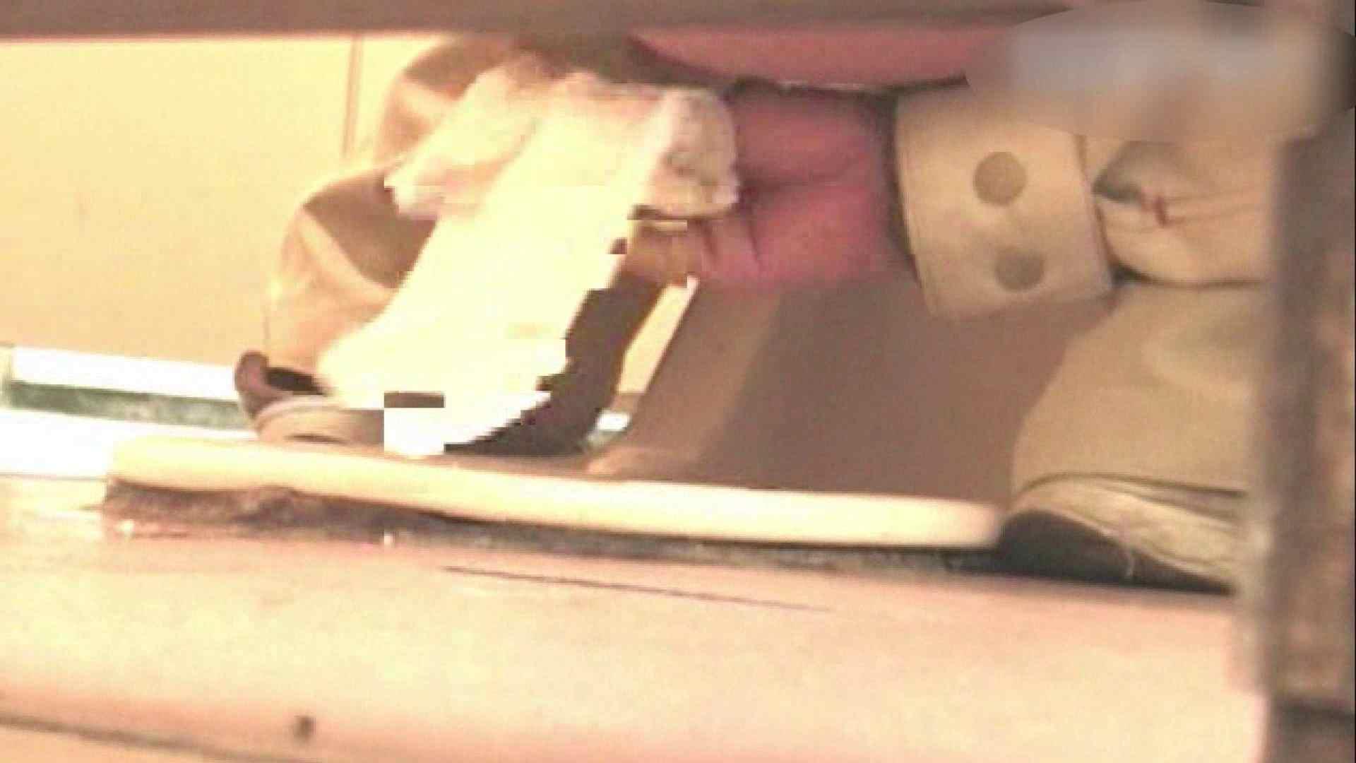ロックハンドさんの盗撮記録File.04 オマンコ見放題 | 接写  9枚 9