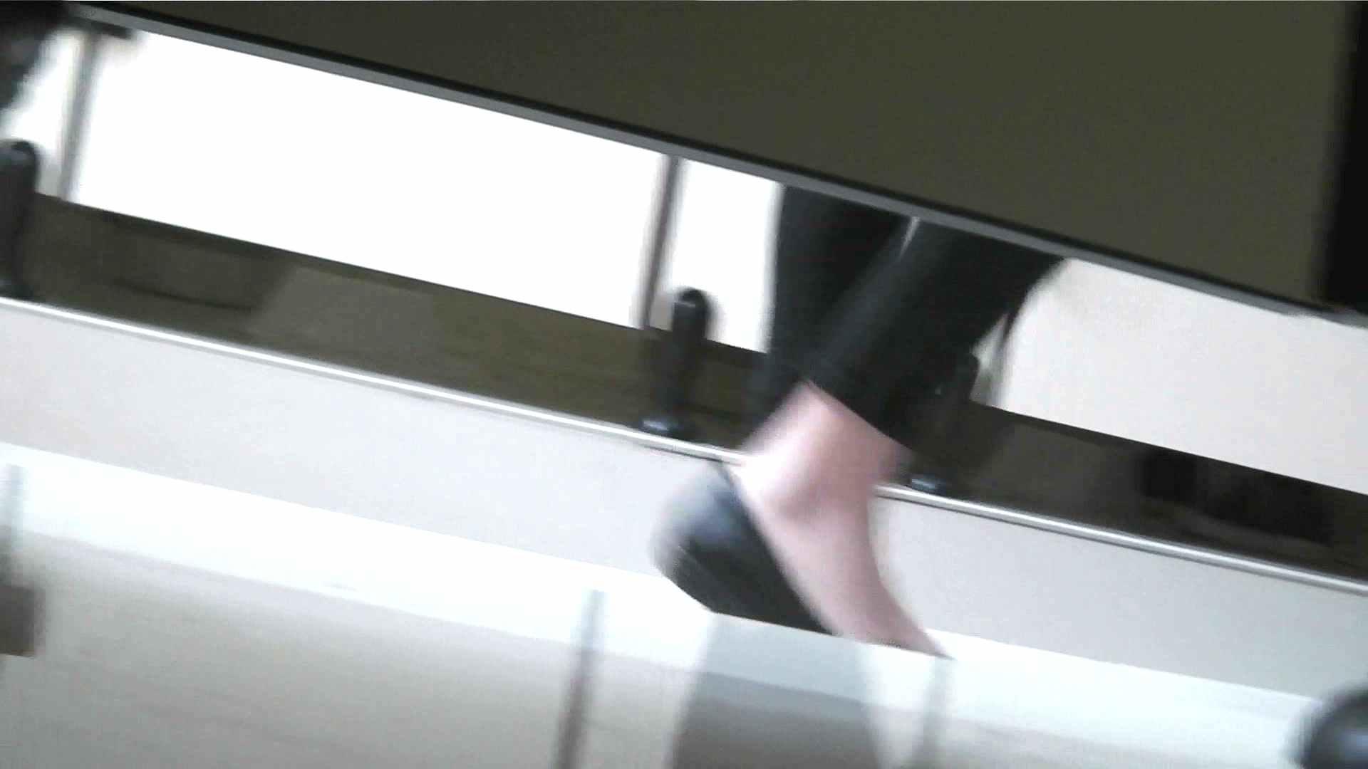 お市さんの「お尻丸出しジャンボリー」No.01 女子トイレの中では おまんこ動画流出 10枚 9