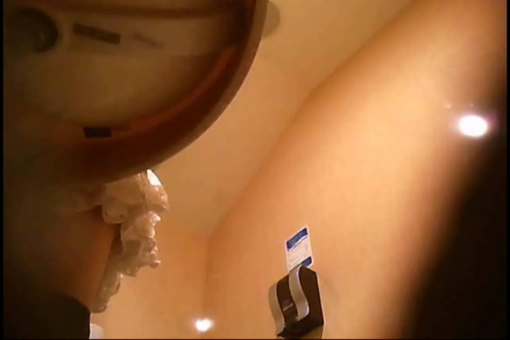 無修正エロ動画:潜入!!女子化粧室盗撮~絶対見られたくない時間~vo,68:のぞき本舗 中村屋
