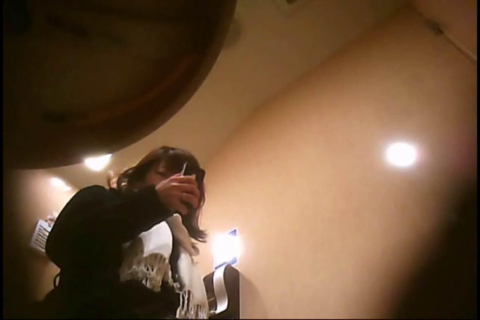 潜入!!女子化粧室盗撮~絶対見られたくない時間~vo,74 エロいお姉さん | 盗撮動画  9枚 1