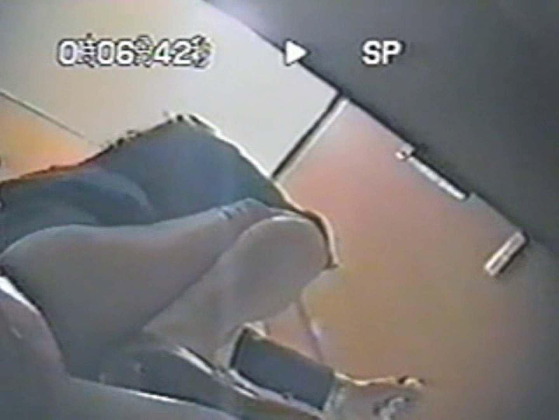 台湾出パート 厠盗撮 放尿特集 | 厠の中で  10枚 5