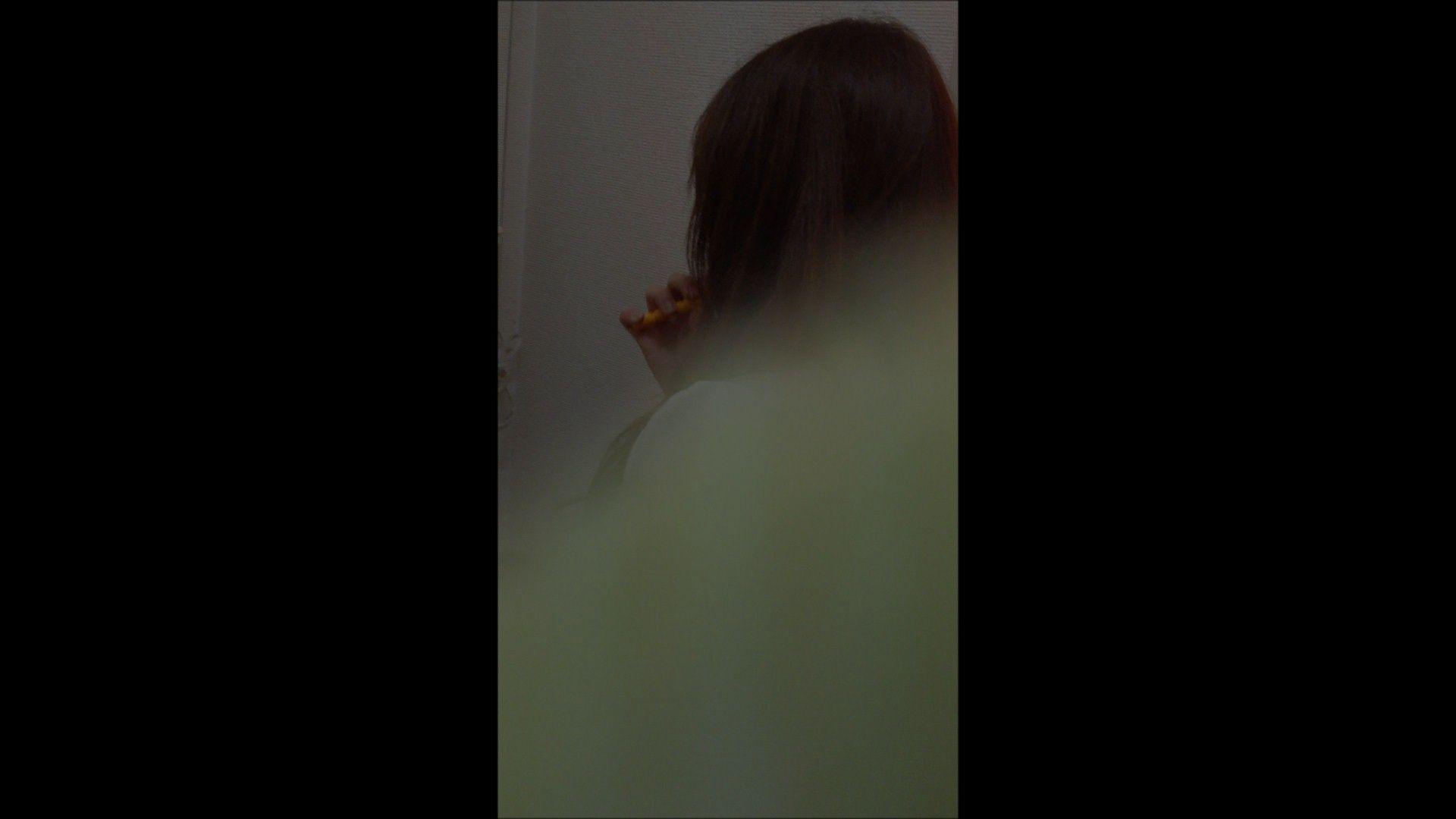 無修正エロ動画:08(8日目)メイク中の彼女の顔を撮りました!:大奥