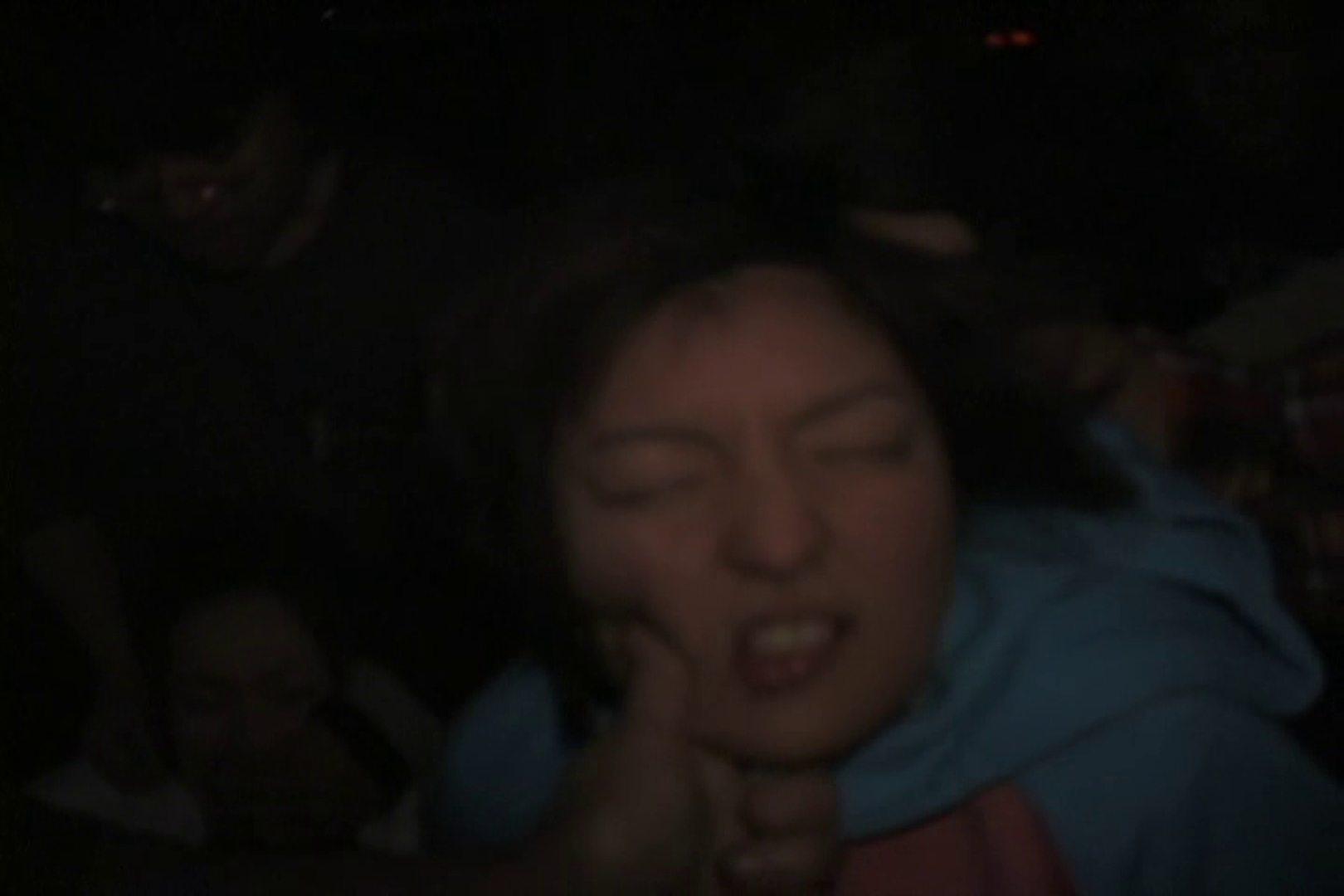 無修正エロ動画:飢えた男達が買い物帰りの女性達に・・・!~vo,1:大奥
