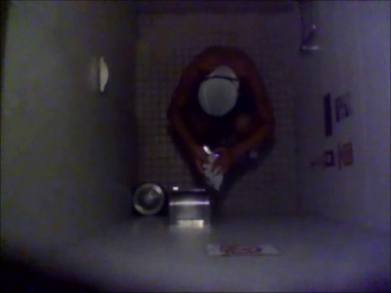 無修正エロ動画:水泳大会選手の聖水 vol.018:ピープフォックス(盗撮狐)