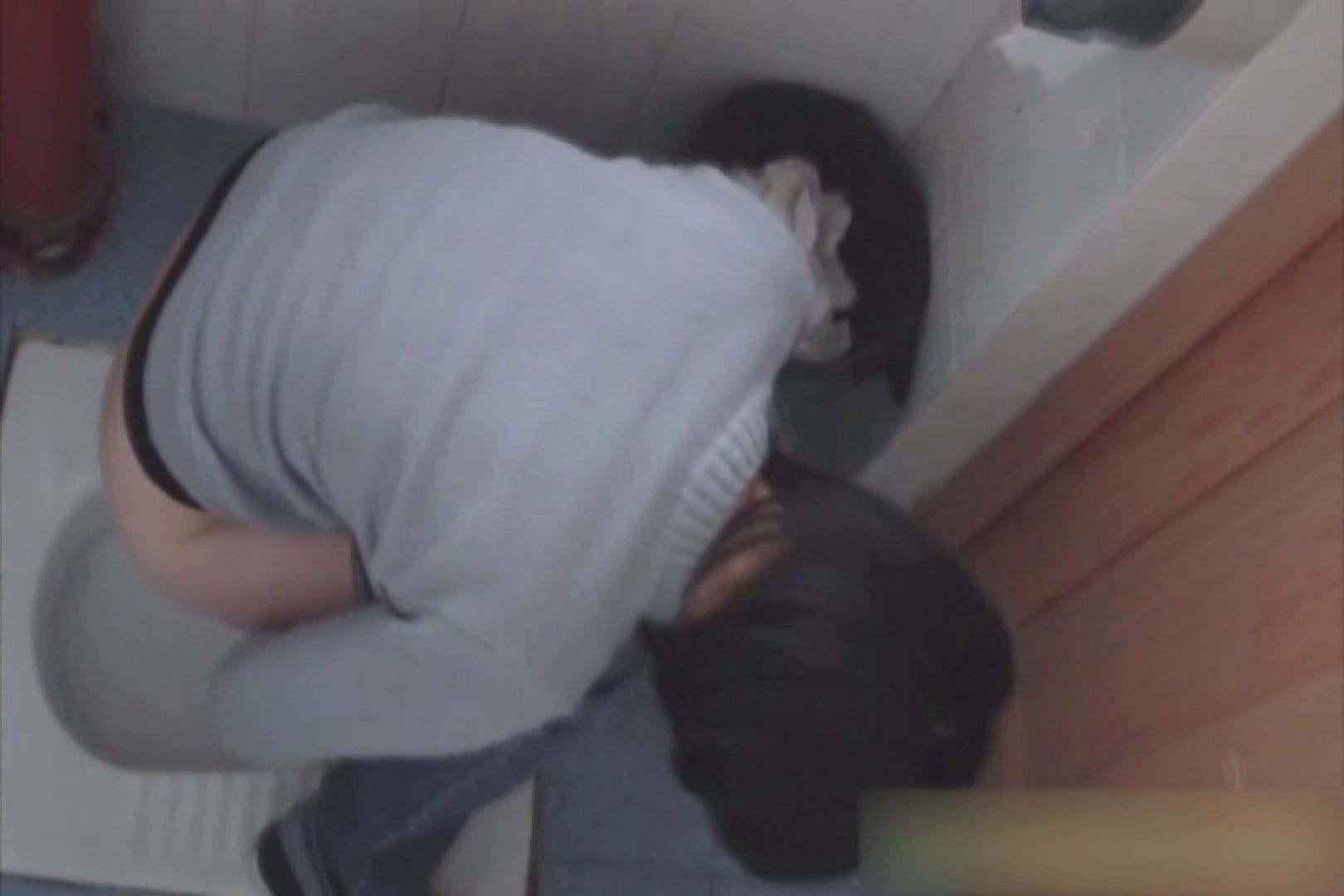 無修正エロ動画:洗面所で暗躍する撮師たちの潜入記Vol.38:ピープフォックス(盗撮狐)