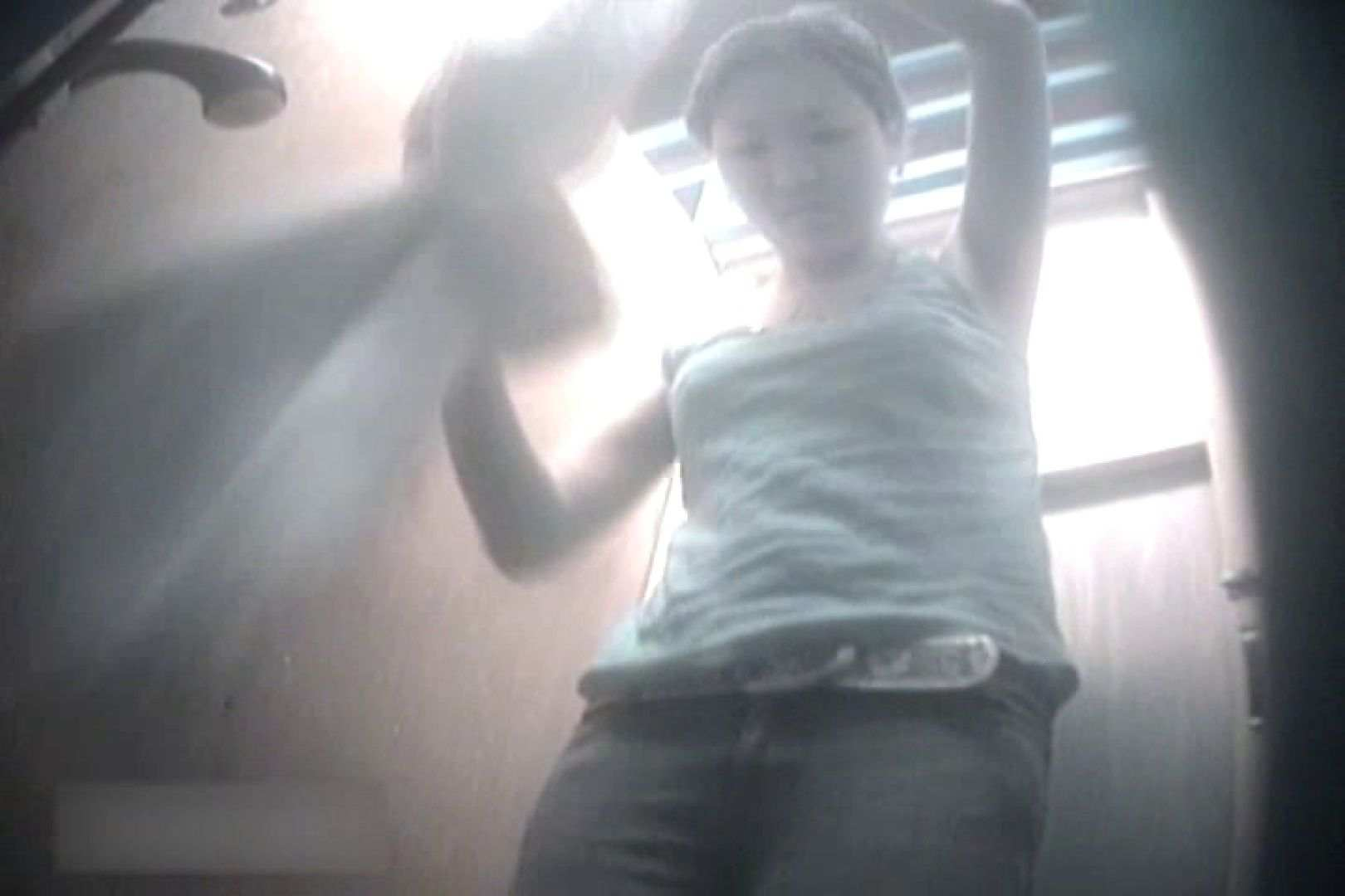 無修正エロ動画:夏海シャワー室!ベトベトお肌をサラサラに!VOL.05:ピープフォックス(盗撮狐)